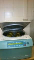 Hettich ROTINA 380 centrifuge
